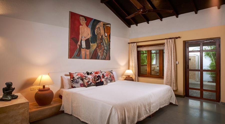 Leo - Bedroom